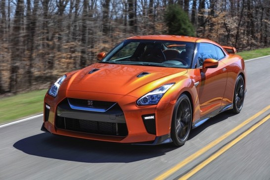 Nissan-GT-R-35_0208s