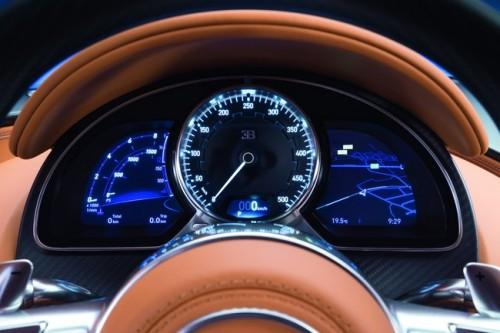 引用元 http://www.motor.es/galerias-coches/bugatti-chiron/494/