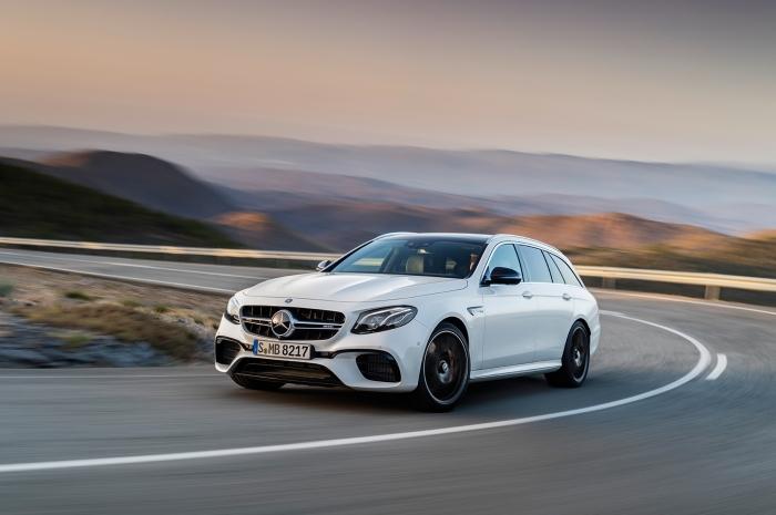 Mercedes-AMG-E63-S-Wagon-2018-02s